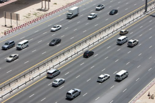 New Dubai road toll gate to hit traffic from Abu Dhabi