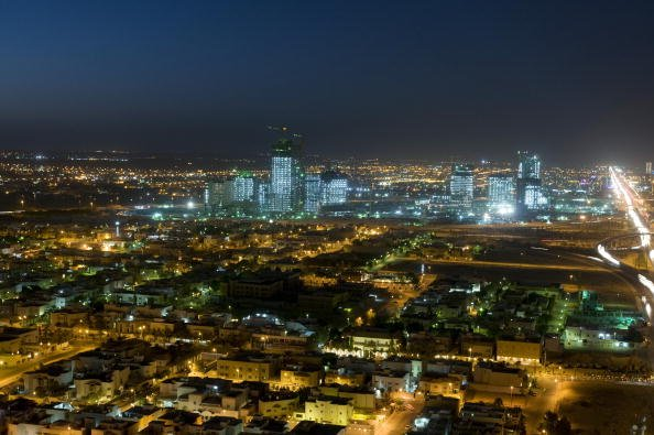 Saudi Arabia says to provide housing to 100,000 poorer families