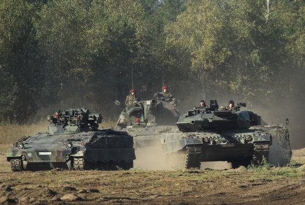 Qatar Plans To Buy 118 German Leopard Tanks