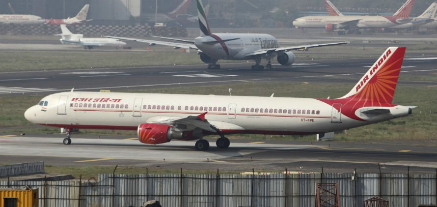 Air India Heralds Dreamliner's Arrival