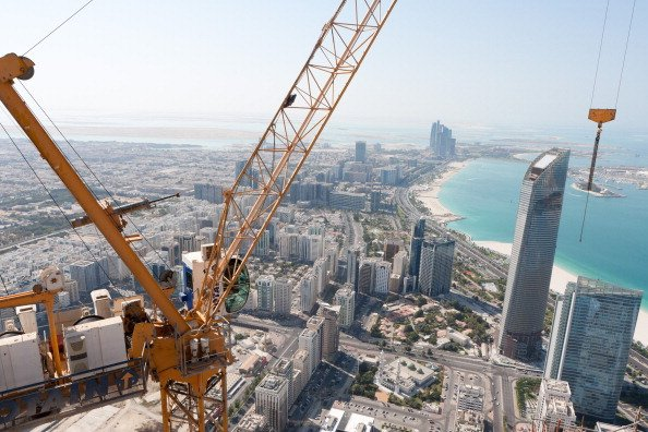 UAE infrastructure projects not delayed by oil price drop – minister