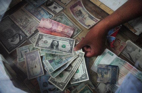 Saudi expat remittances down in June, flat for first half