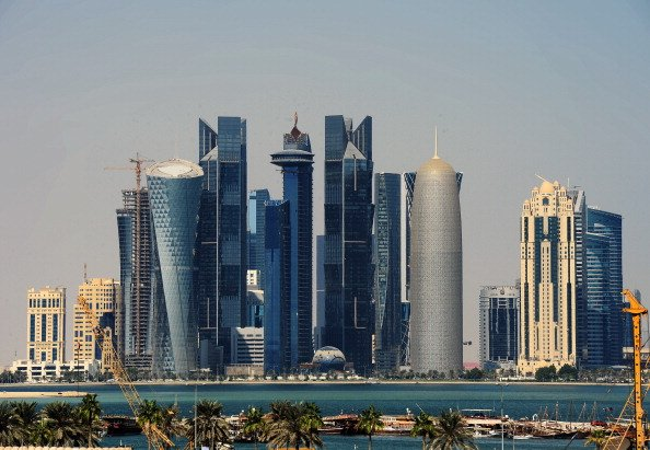 Qatar cuts 2015 GDP growth forecast, sees deficit in 2016