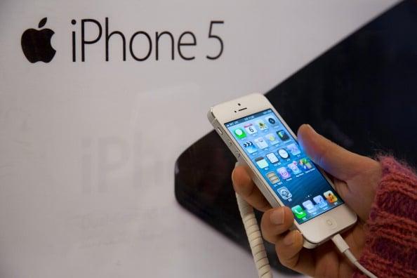 Apple's iPhone 5, Samsung Galaxy S3 Remain UAE's Popular Smartphones