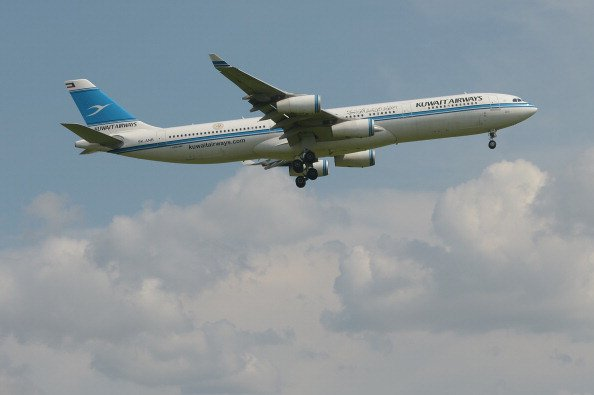 Kuwait Airways Says Agrees To Buy 10 Boeing 777-ER Planes