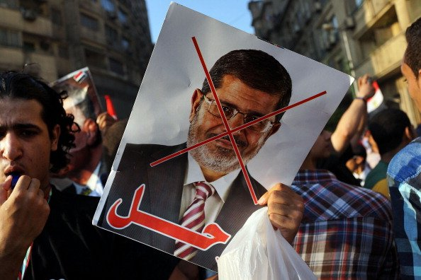 UAE, Kuwait Congratulate Egypt's Mansour After Mursi Overthrow