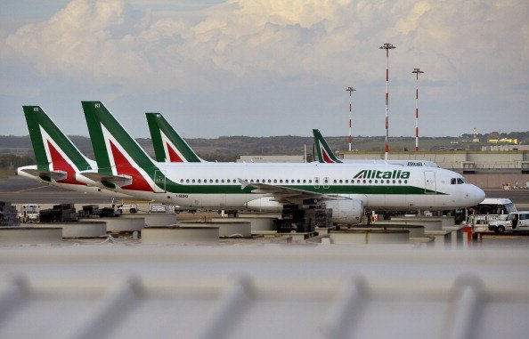 Abu Dhabi's Etihad agreed to repay Alitalia's portion of two bonds