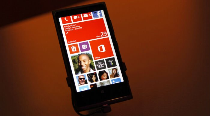 Windows 8 OS Launches In ME; Experts Warn Of Piracy