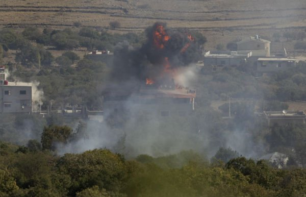Israel Fires Warning Shots Across Syrian Border