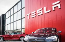 Saudi sovereign fund PIF buys stake in Tesla