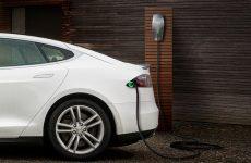 Dubai's Mall of the Emirates installs nine Tesla charging points