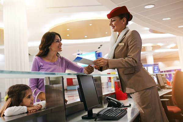 Dubai's Emirates looks to hire cabin crew from Lebanon - Gulf Business