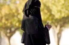 Saudi allows women to work as tour guides