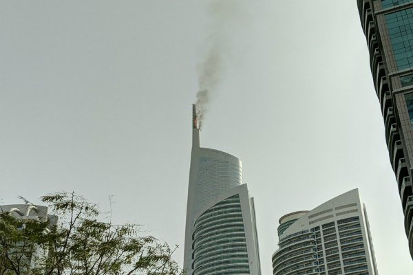Fire breaks out at tower in Dubai's JLT - Gulf Business