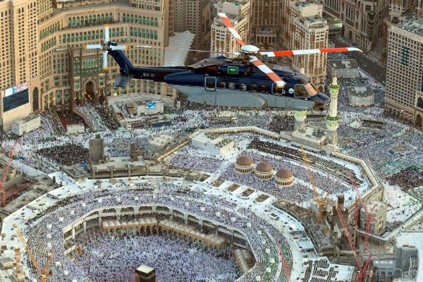 Saudi says Qatari residents, citizens welcome for Umrah