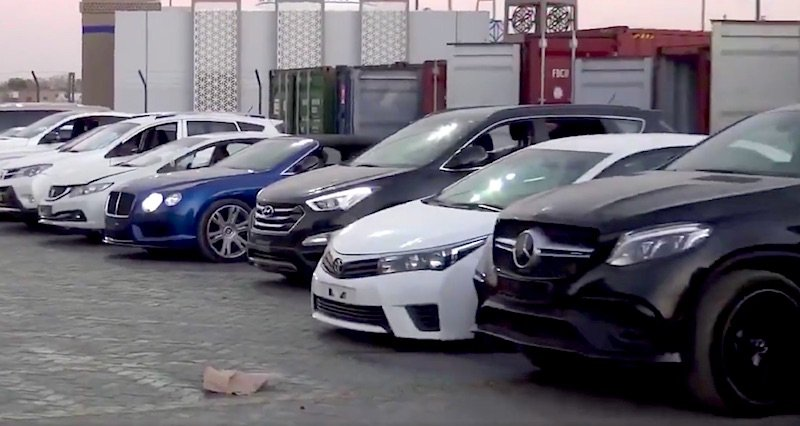 Video Dubai Police Busts Gangs For Stealing Luxury Cars Worth