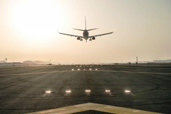 dubai-international-airport-runway