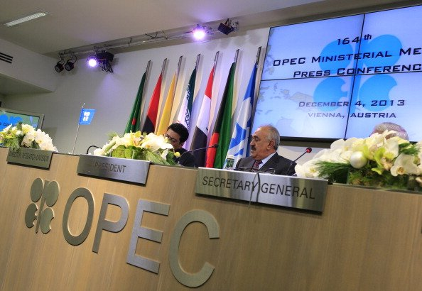 OPEC agrees to modest oil output curbs