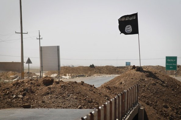ISIL's Saudi branch calls for clearing Arabian Peninsula of Shi'ites
