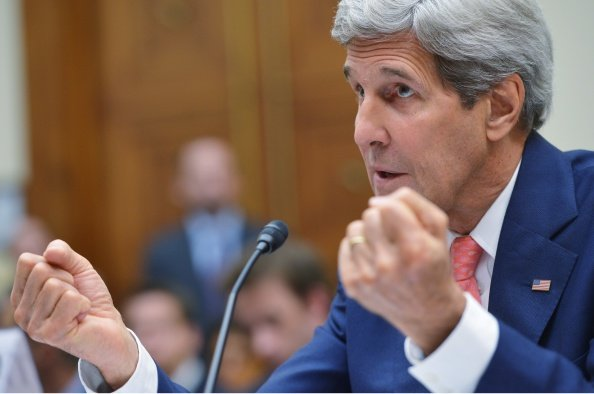 """Kerry to visit Gulf Arab states, vows to """"push back"""" against Iran"""