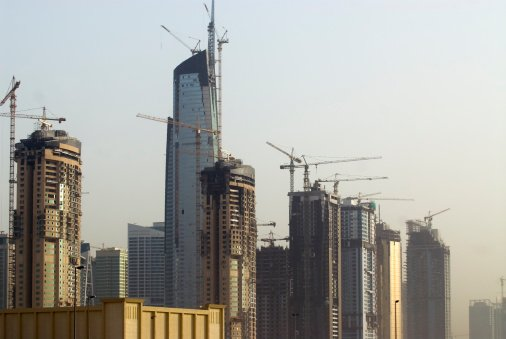 UAE Resumed Projects Worth $12bn In 2013