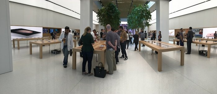 Pictures, video: Apple's new store in Dubai's Mall of the Emirates