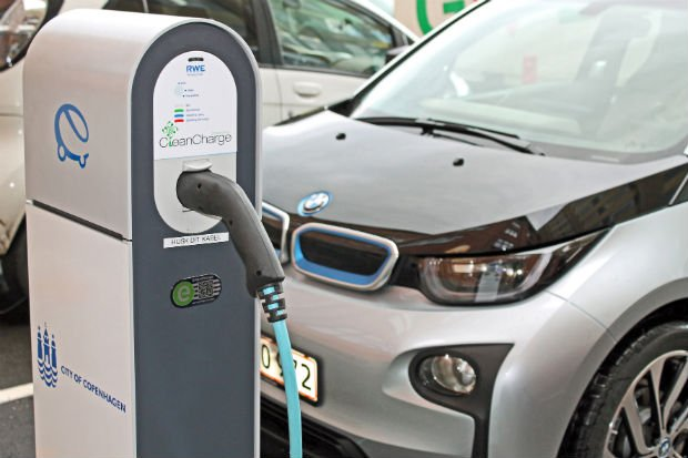 BMW Courts Middle East Market For Its Hybrid Line-Up