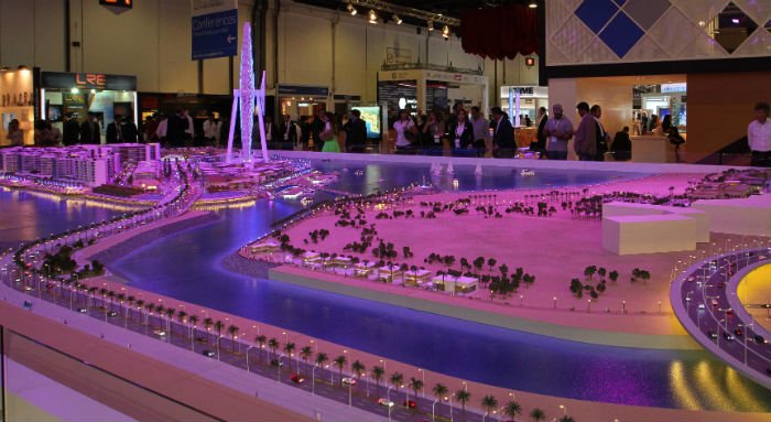 Dubai Approves Bridge To Link Mega Tourist Island Project