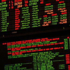 Dubai Bourse Targets Oil Buyers, Region's Banks