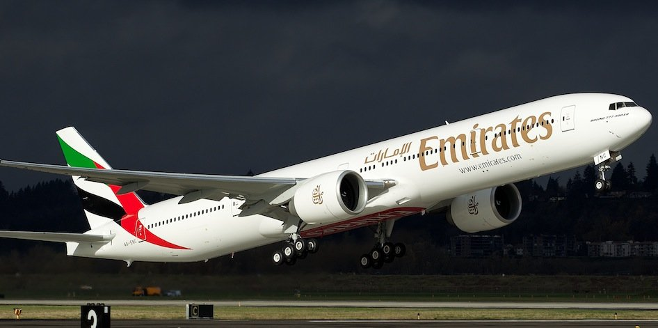 Dubai's Emirates Receives 100th 777-300ER From Boeing