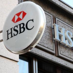 Fitch Cuts HSBC VR Rating