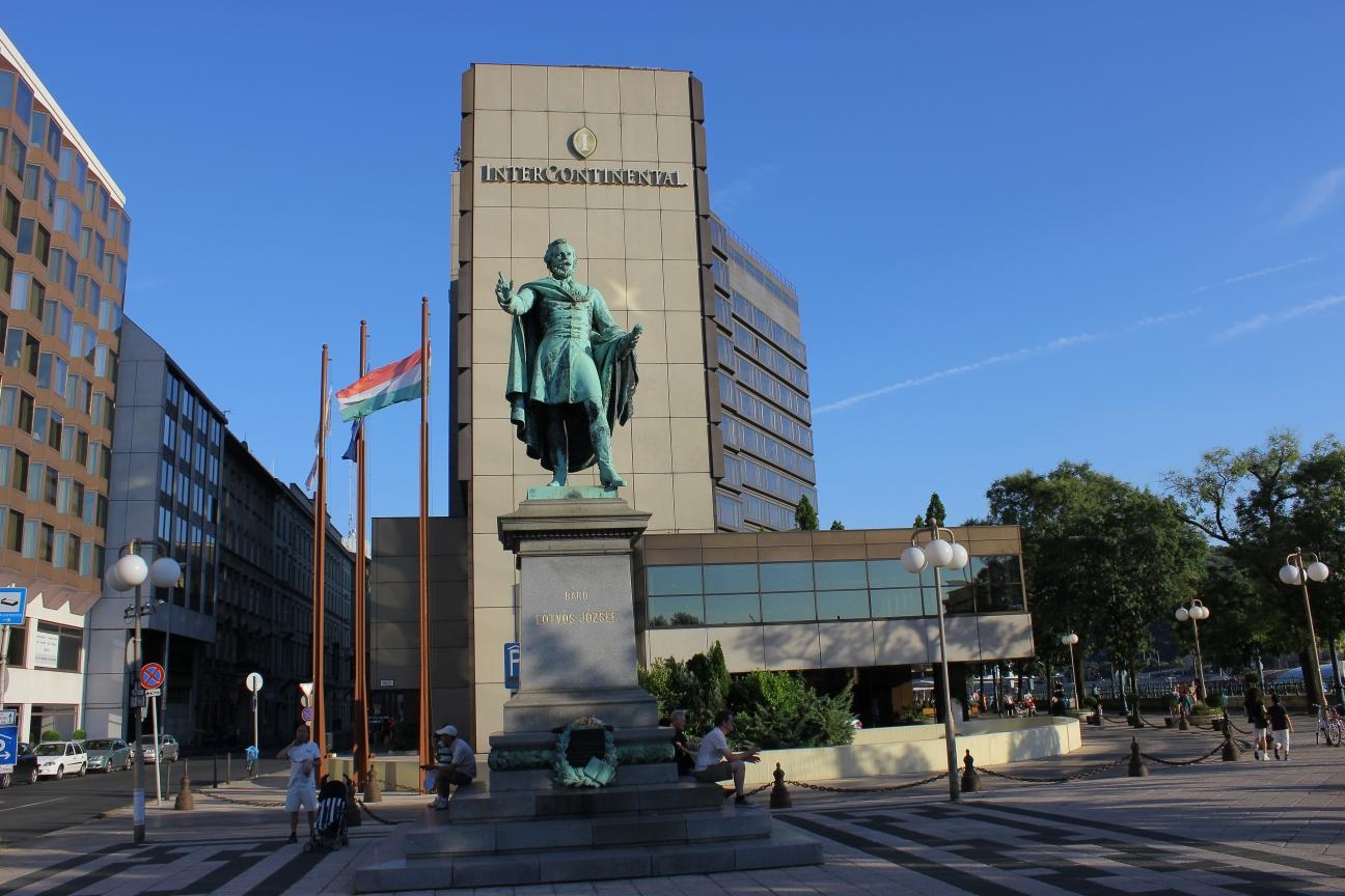 UAE Businessman Khalaf Al Habtoor Buys Intercontinental Budapest Hotel