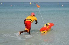 Dubai introduces robot lifeguard