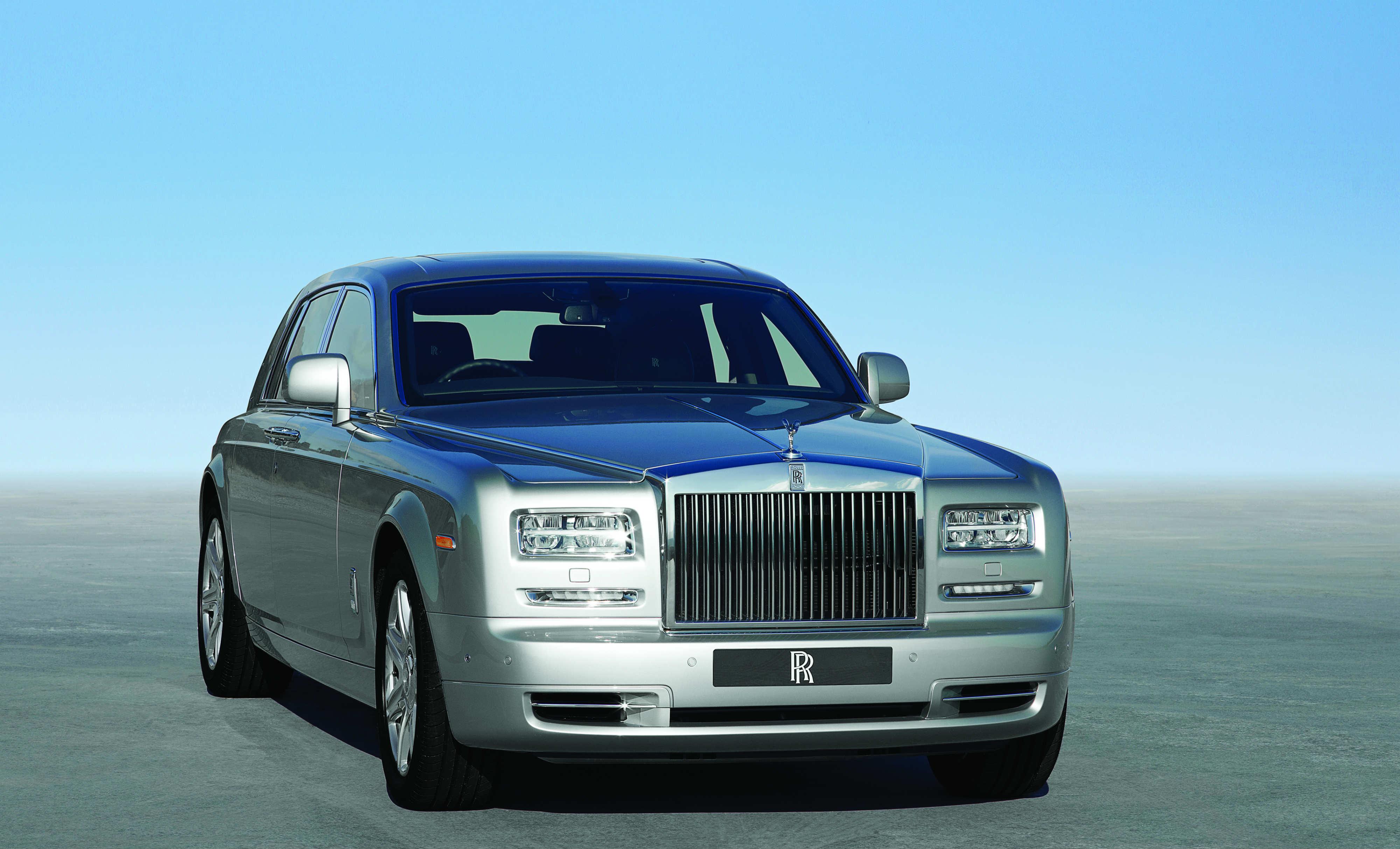 Car Review: Rolls-Royce Phantom 2