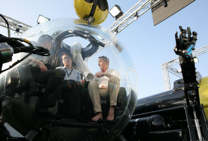 Pictures: submarines and hydrofoils at Dubai International Boat Show