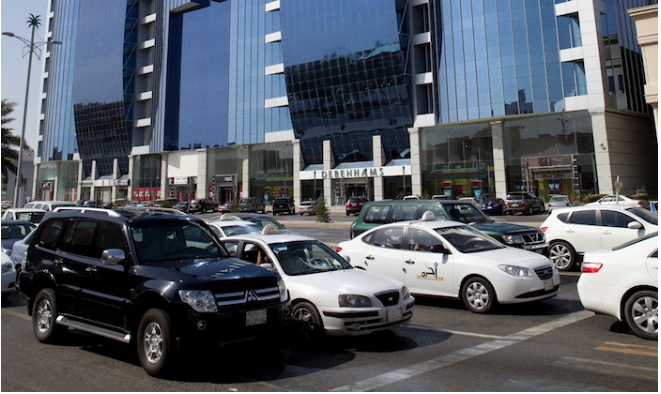 Small expat families can no longer own big vehicles in Jeddah - reports