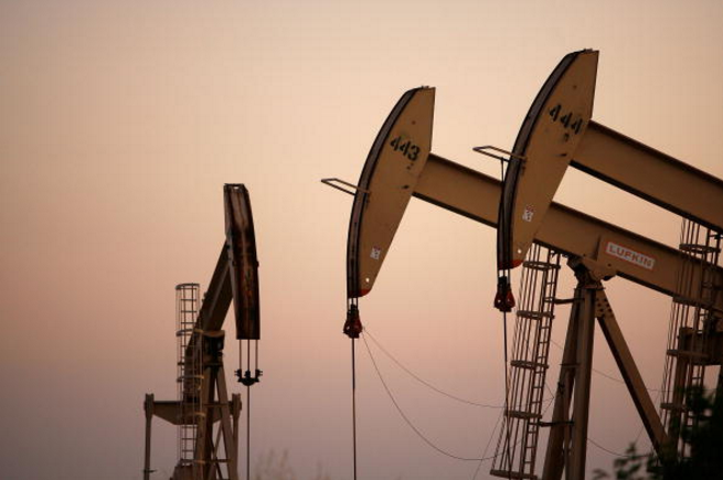 Non-OPEC oil production to drop considerably