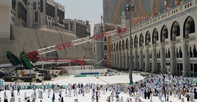 Documents implicate 40 in Mecca crane collapse