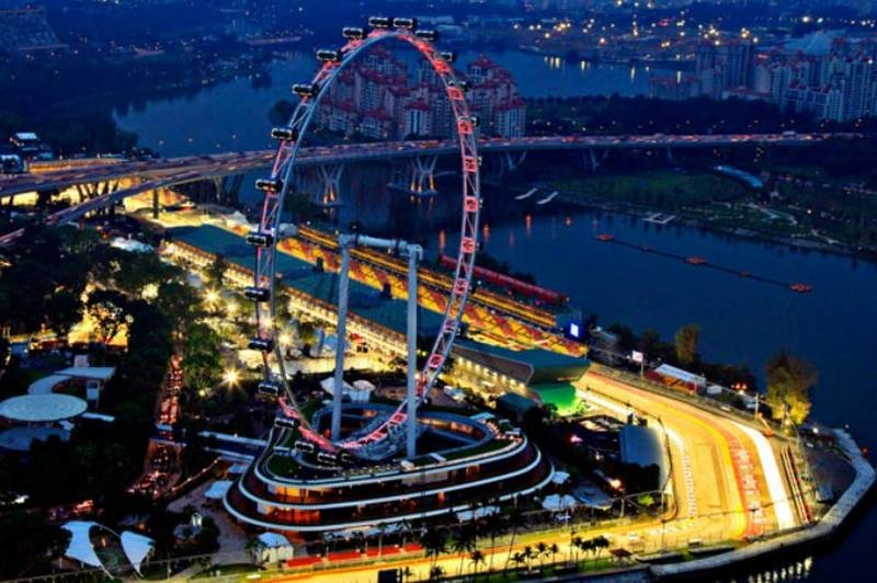 Singapore Signs Five-Year F1 Deal