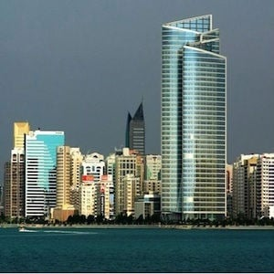 Abu Dhabi Issues 17,575 New Trade Licences