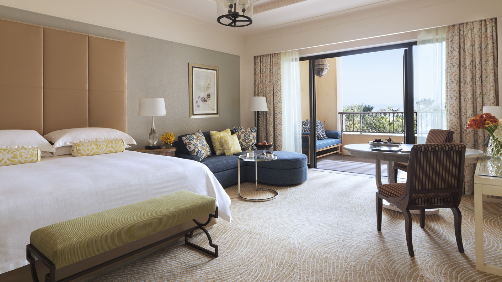 Four Seasons Dubai Targets December Launch