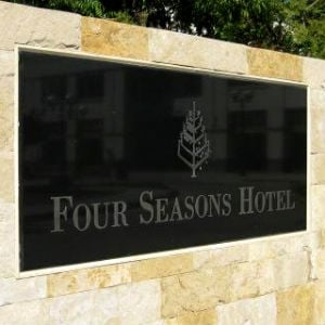 Four Seasons To Open Dubai Resort
