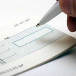 Dubai Stops 'One Cheque' Rents
