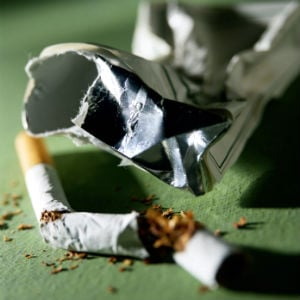 Kuwait Issues Smoking Ban