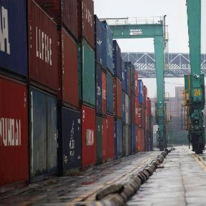 UAE's Global Trade Ranking Drops
