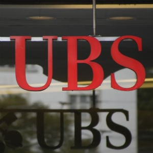 Kuwaiti Royal Sues UBS For $21.4m